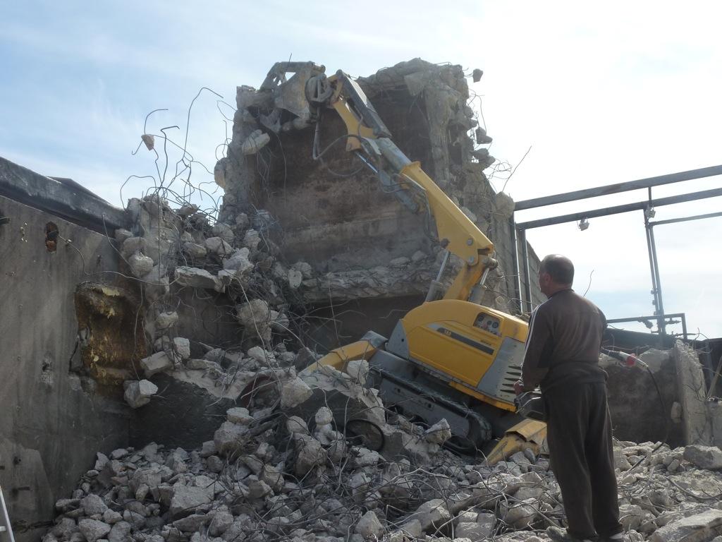 démolition cuve béton